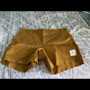 Old Navy mustard shorts 5""